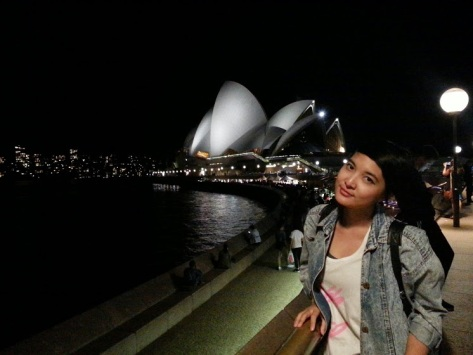Sydney Opera - night